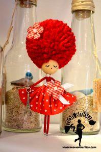 broche pelo rojo
